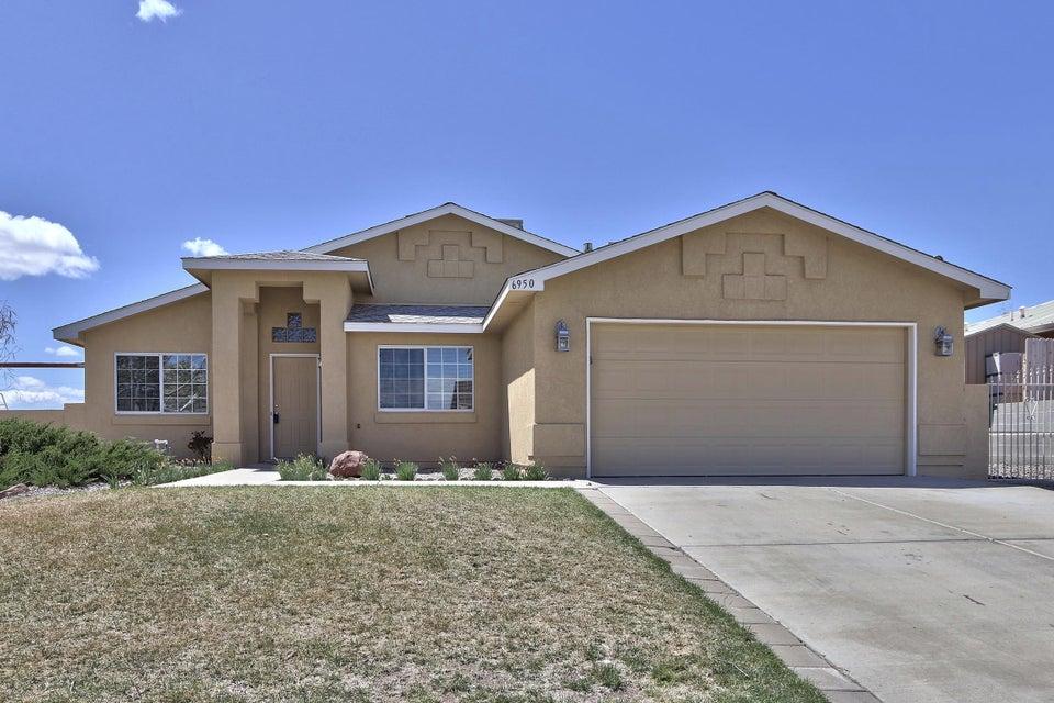 6950 Clark Hills Drive NE, Rio Rancho, NM 87144