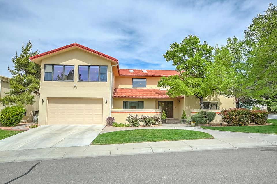 7000 Fairfield Greens Court NE, Albuquerque, NM 87111