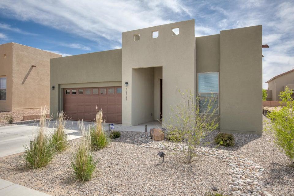10808 Esmeralda Drive NW, Albuquerque, NM 87114