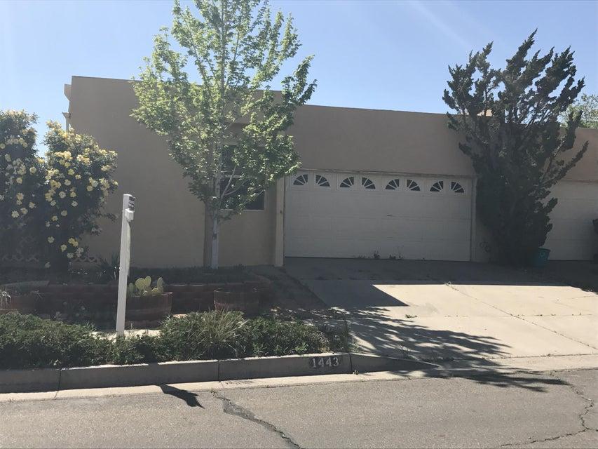 1443 Cumbres Street NE, Albuquerque, NM 87112