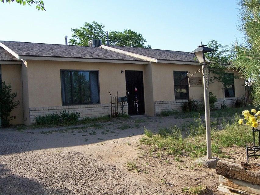 1302 Epic Court SE, Rio Rancho, NM 87124
