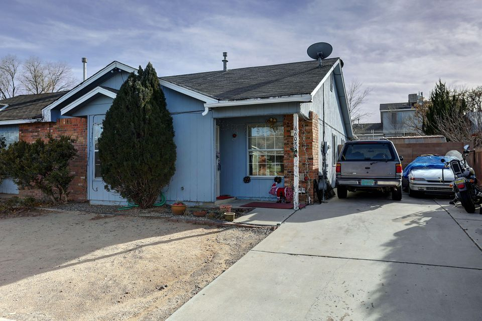 6608 Azuelo Avenue NW, Albuquerque, NM 87120
