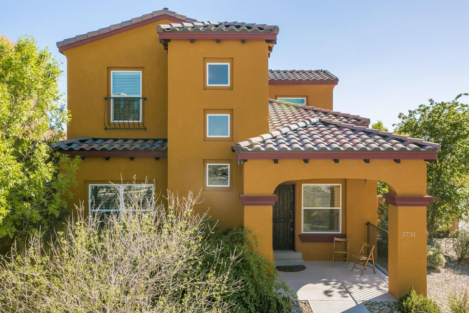 5731 Witkin Street SE, Albuquerque, NM 87106