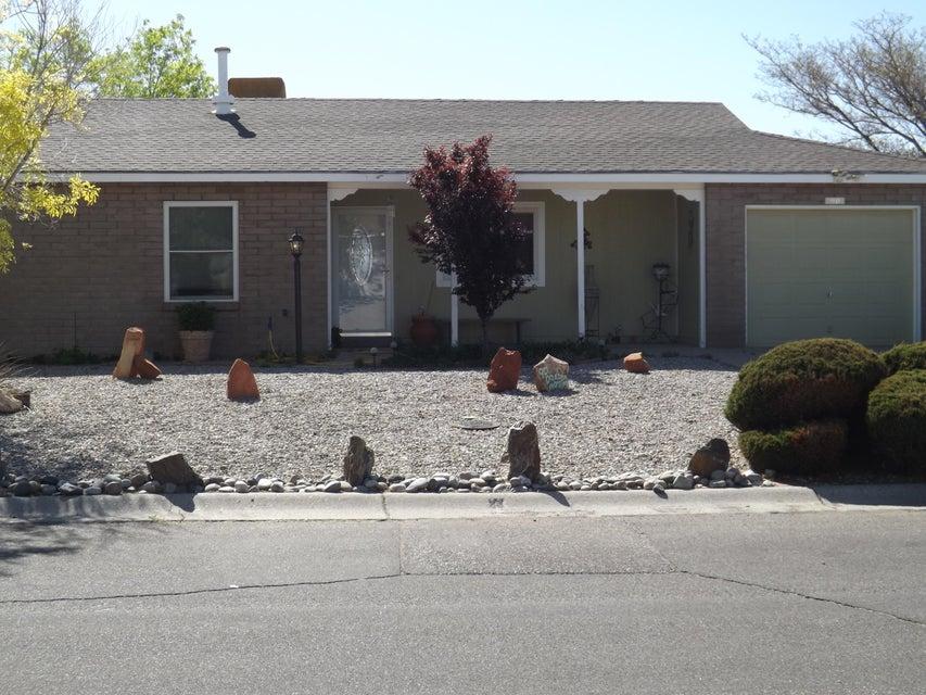 90 Dakota Morning Road NE, Rio Rancho, NM 87124