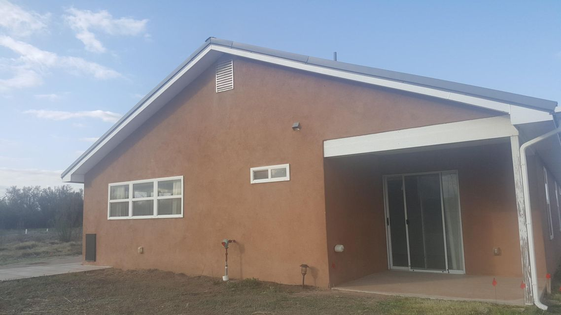 220 Camino Sabinal, Bosque, NM 87006