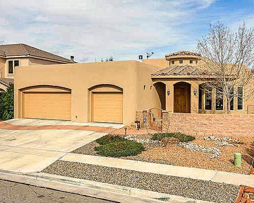9928 Buckeye Street NW, Albuquerque, NM 87114