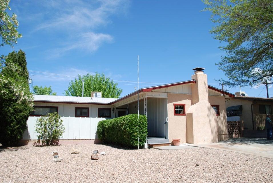 10213 Chapala Place NE, Albuquerque, NM 87111