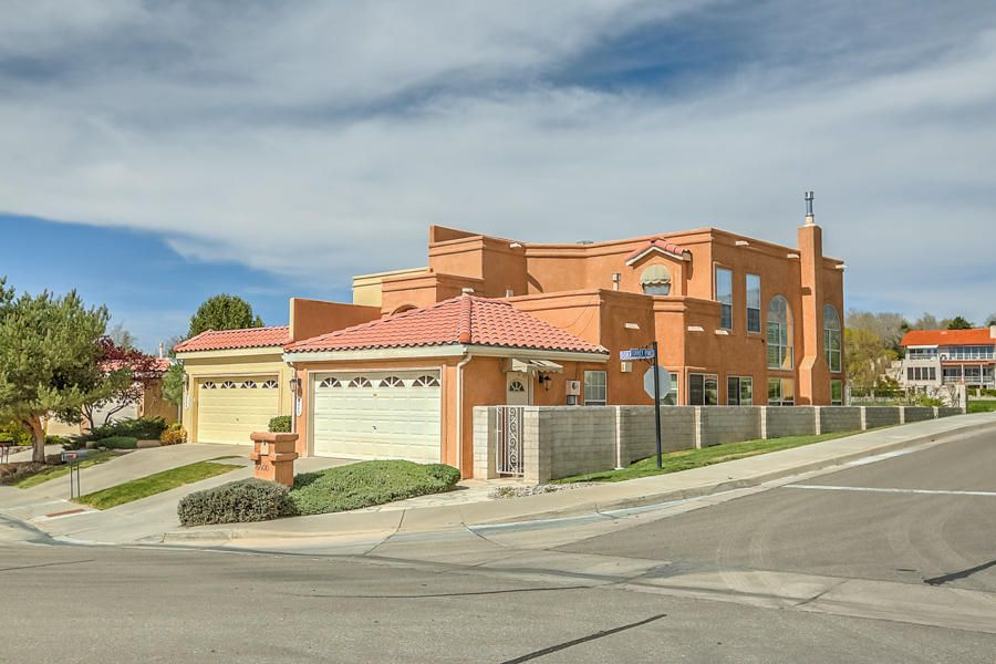 6600 Dorado Beach NE, Albuquerque, NM 87111