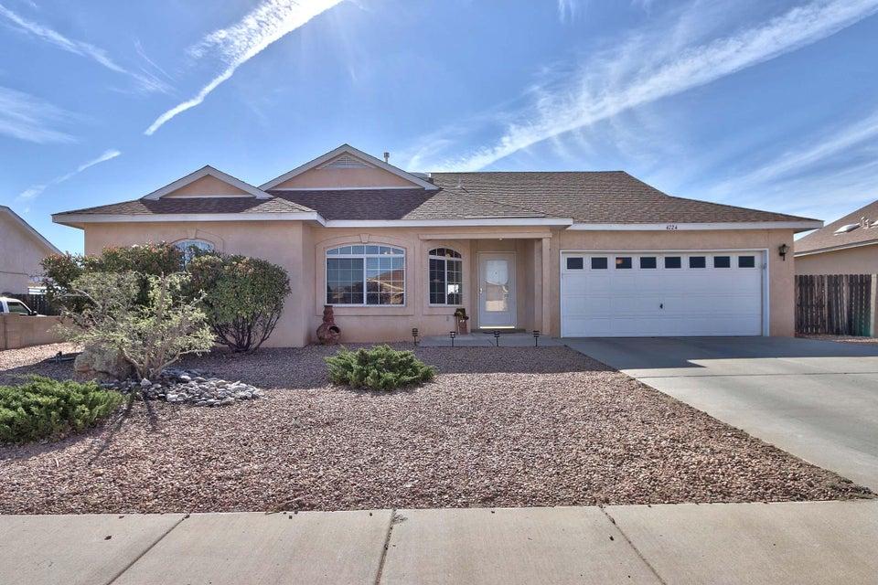 4724 Trenton Hills Drive NE, Rio Rancho, NM 87144