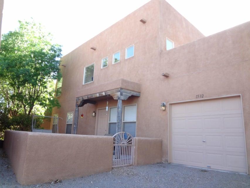 1532 Los Jardines Place NW, Albuquerque, NM 87104