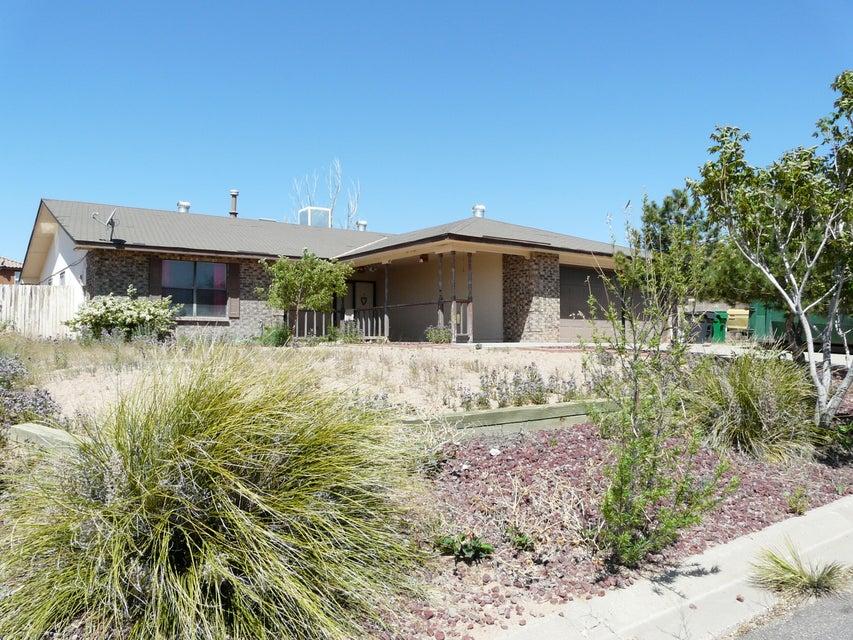 409 Robert Court NE, Rio Rancho, NM 87124