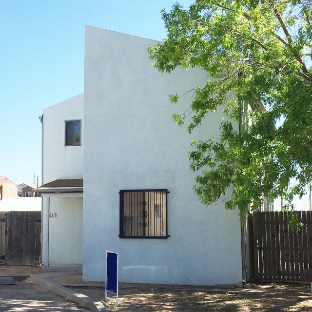 1841 Ash Court SE, Albuquerque, NM 87106