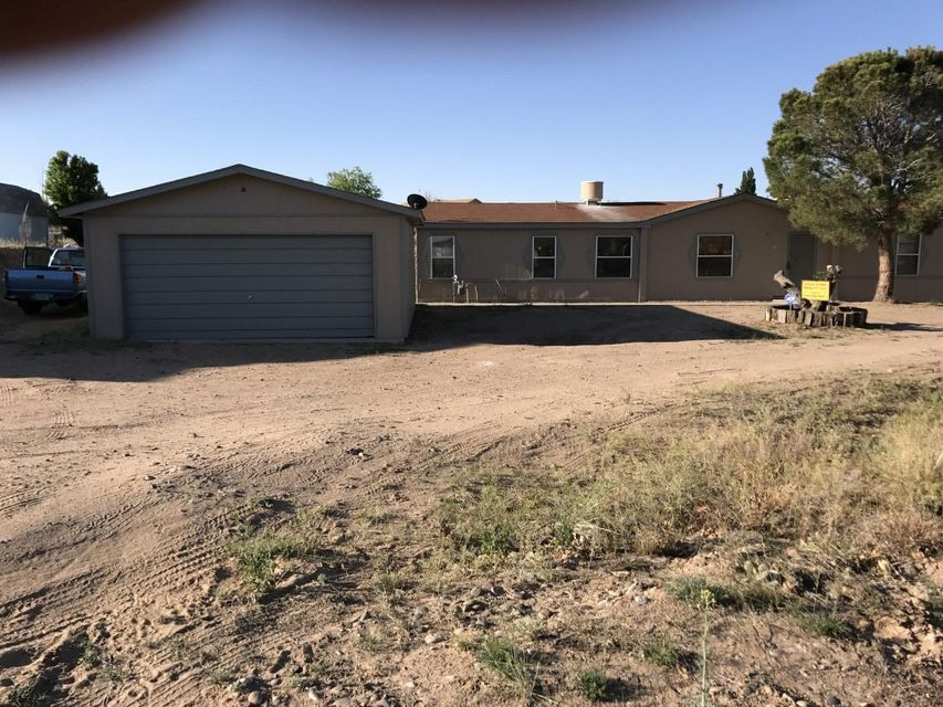 8 Sparling Circle, Los Lunas, NM 87031