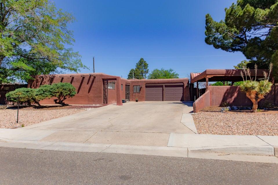 4905 Hilton Avenue NE, Albuquerque, NM 87110