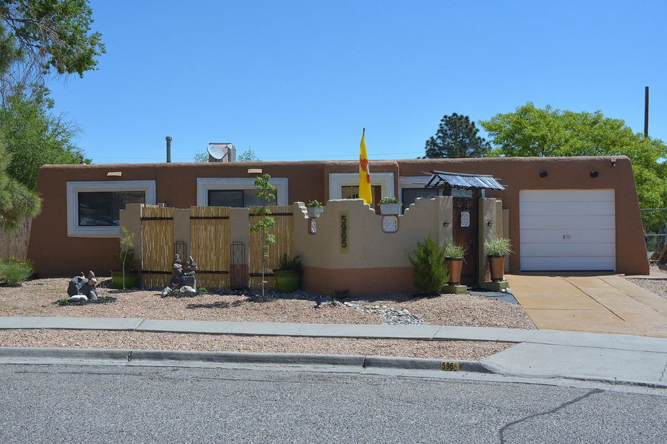5965 Avenida La Barranca Court NW, Albuquerque, NM 87114