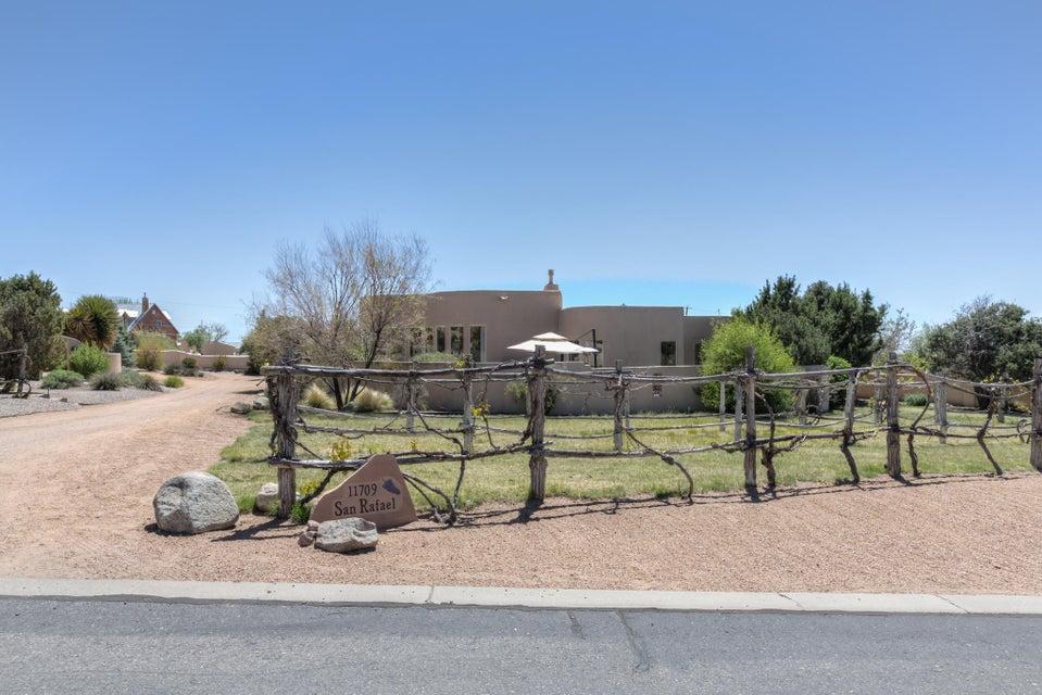 11709 San Rafael Avenue NE, Albuquerque, NM 87122