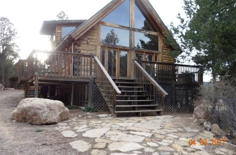 2 Whispering Pines Road, Tijeras, NM 87059