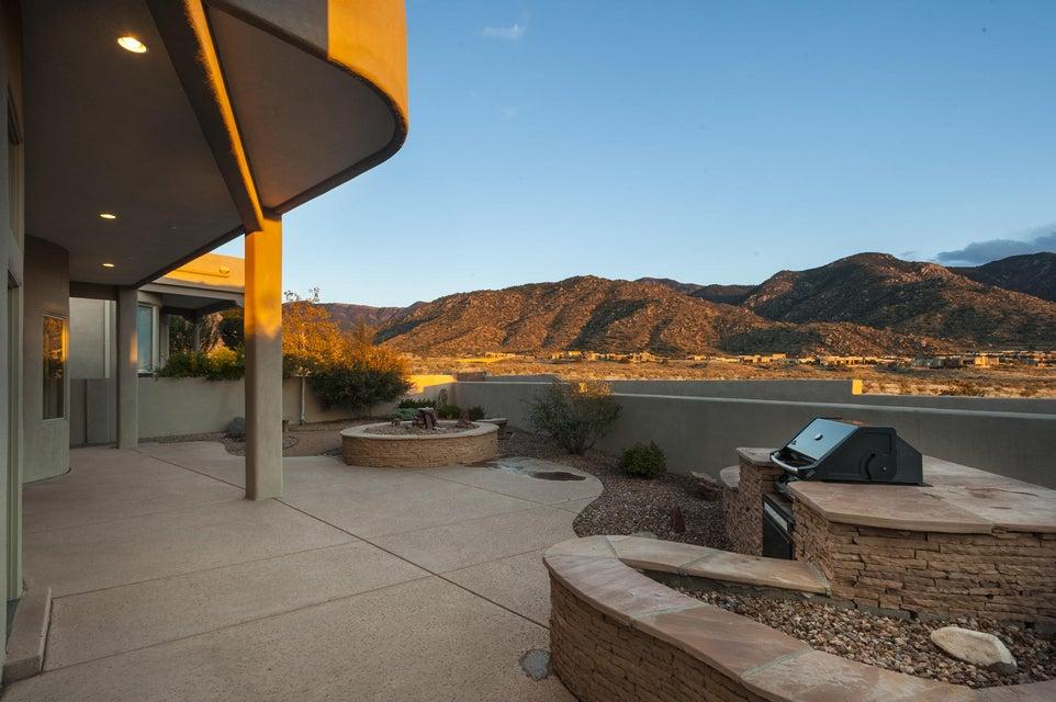 13236 Twilight Trail Place NE, Albuquerque, NM 87111