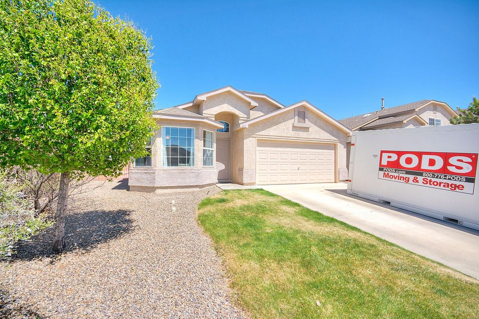 401 Playful Meadows Drive NE, Rio Rancho, NM 87144