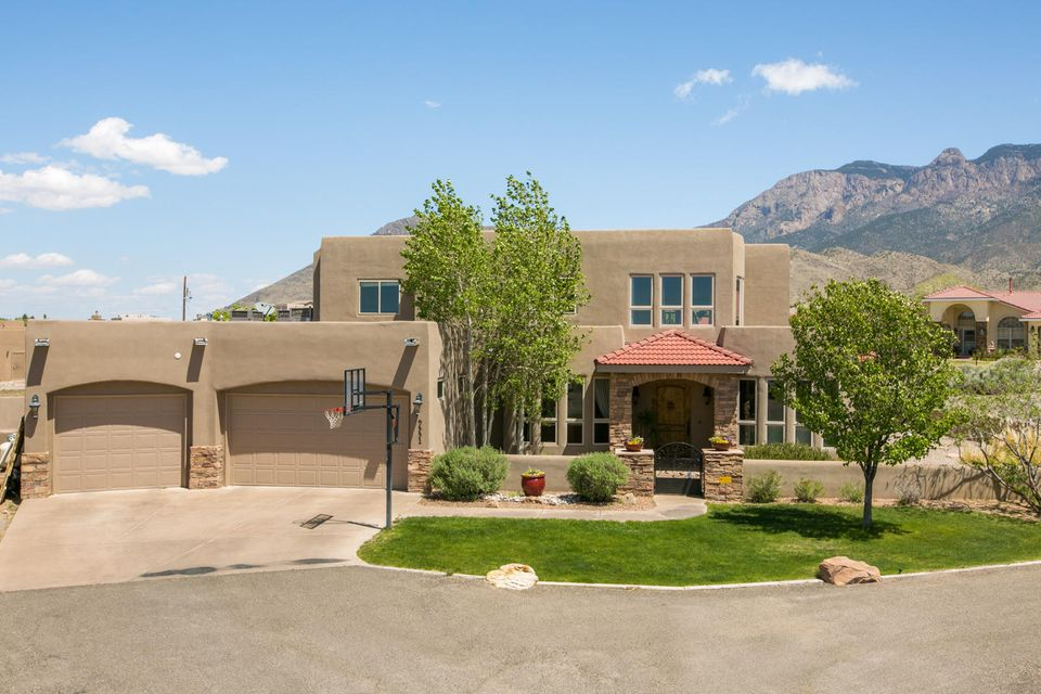 9551 San Diego Avenue NE, Albuquerque, NM 87122