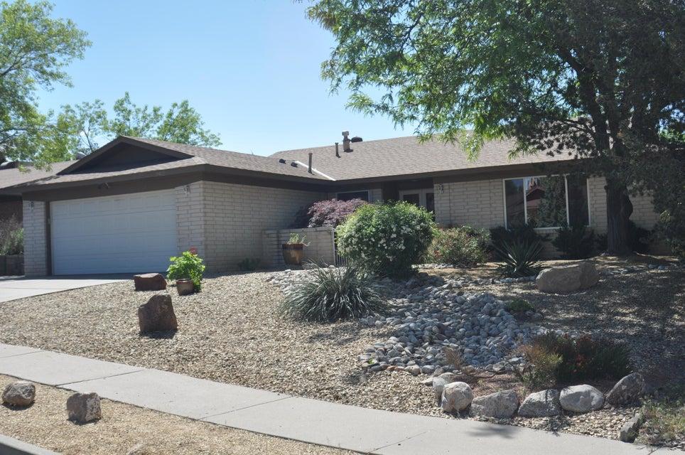 9412 Lona Lane NE, Albuquerque, NM 87111