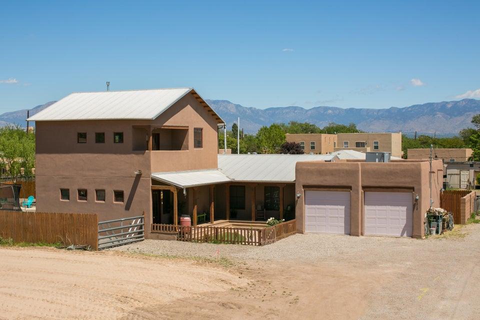 1310 Montoya Street NW, Albuquerque, NM 87104