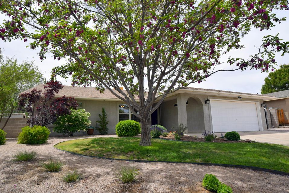 581 Summer Winds Drive SE, Rio Rancho, NM 87124