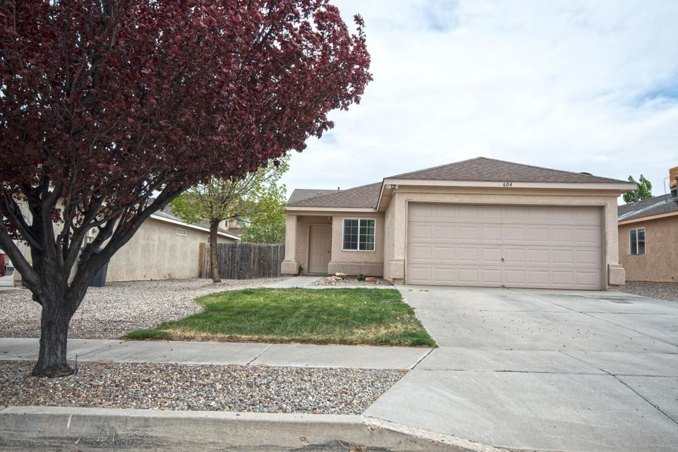 604 Valley Meadows Drive NE, Rio Rancho, NM 87144