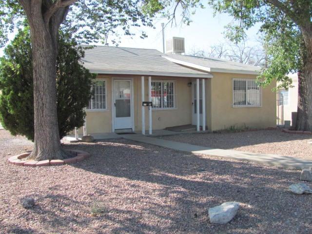 201 Morningside Drive NE, Albuquerque, NM 87108