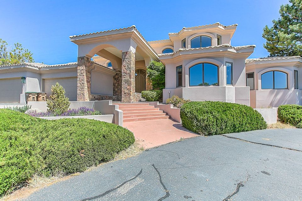 1437 Honeysuckle Drive NE, Albuquerque, NM 87122