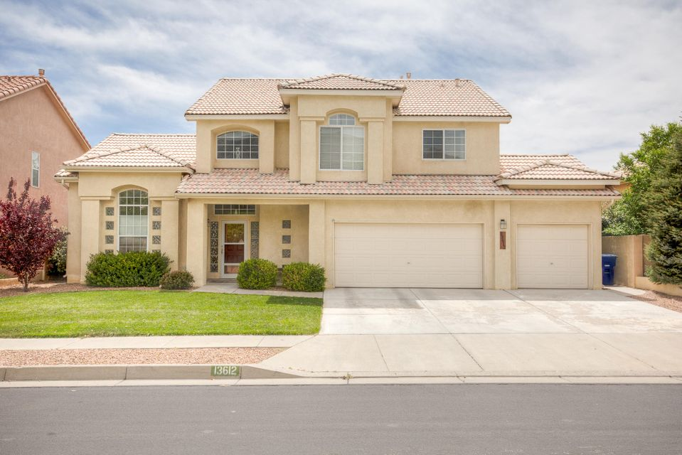 13612 N Rim Road NE, Albuquerque, NM 87112