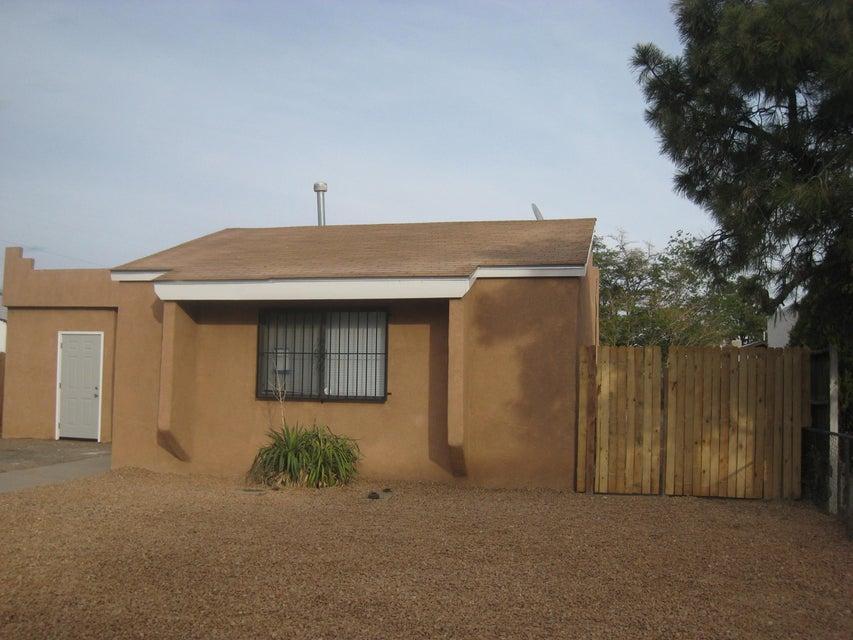 420 California Street SE, Albuquerque, NM 87108