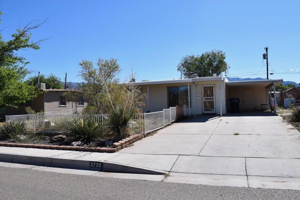 2720 Dakota Street NE, Albuquerque, NM 87110