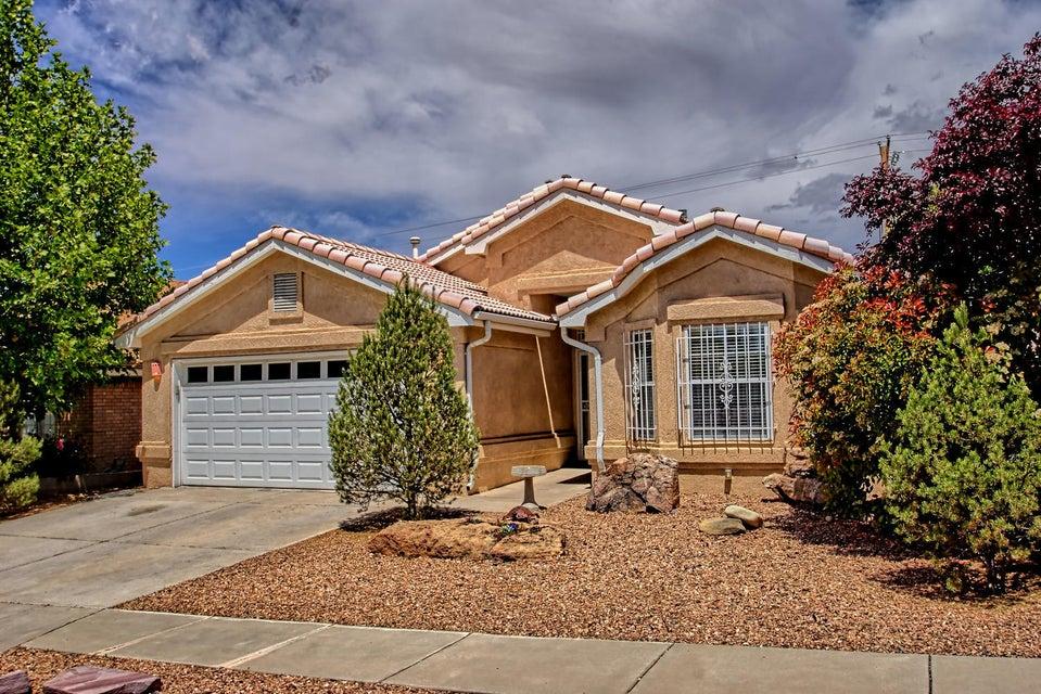 6901 La Lucena Avenue NE, Albuquerque, NM 87113