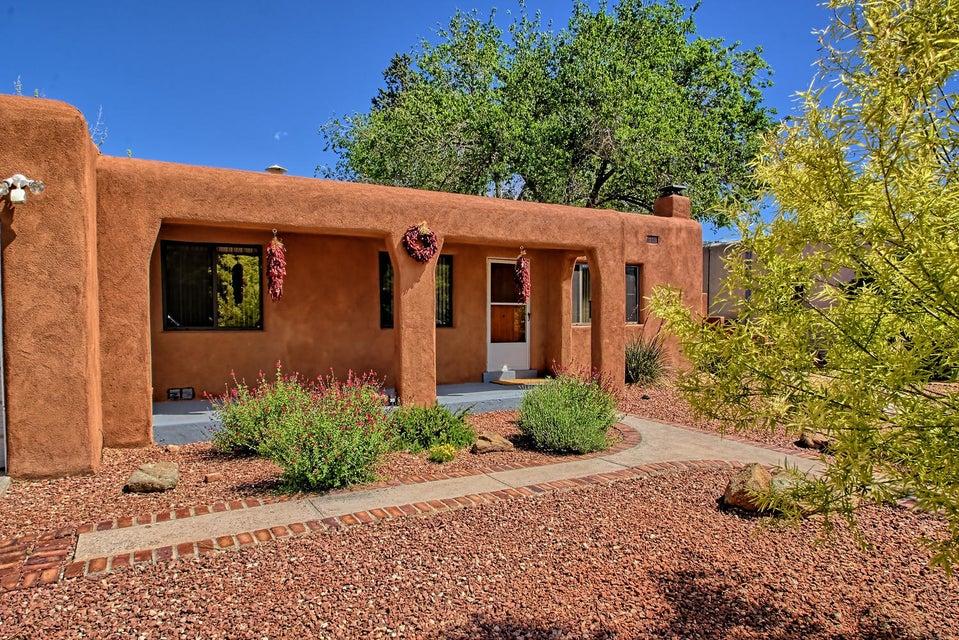 4705 NE Robin Avenue NE, Albuquerque, NM 87110