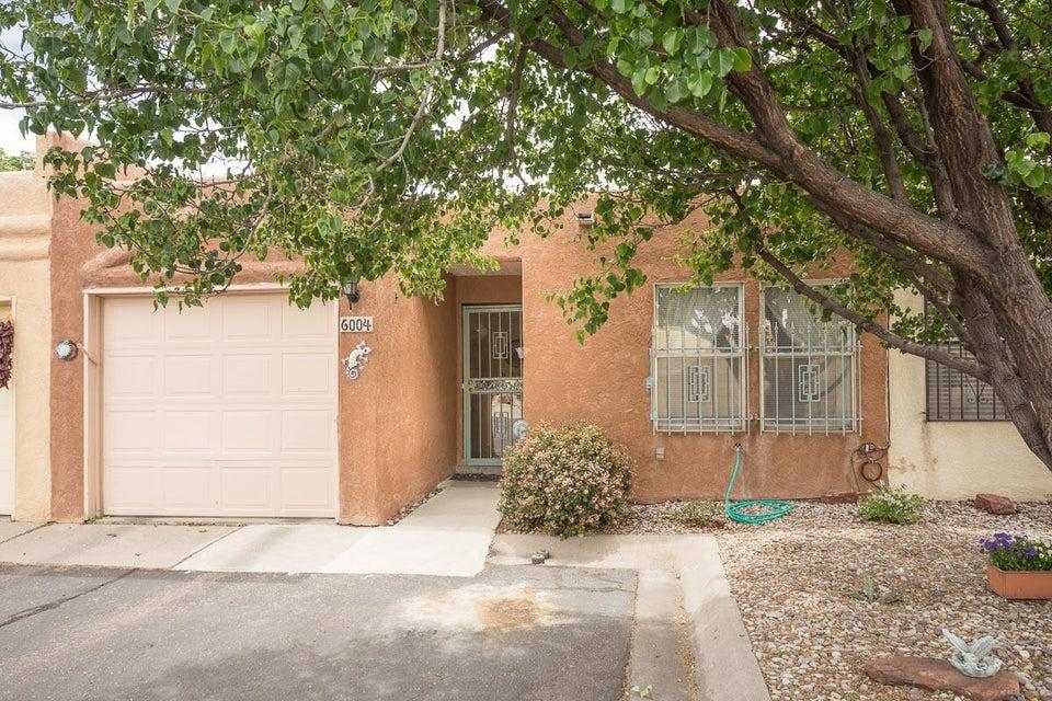 6004 Del Campo Place NE, Albuquerque, NM 87109