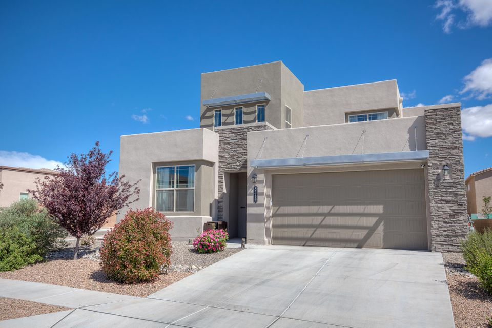 8519 Mock Heather Road NW, Albuquerque, NM 87120