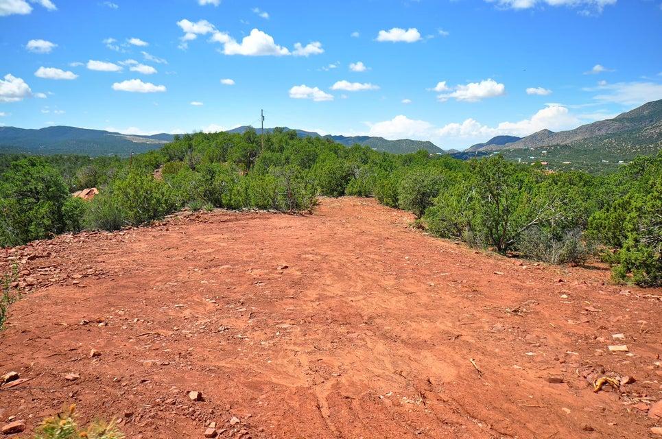 71 Eagle Crest Drive, Tijeras, NM 87059