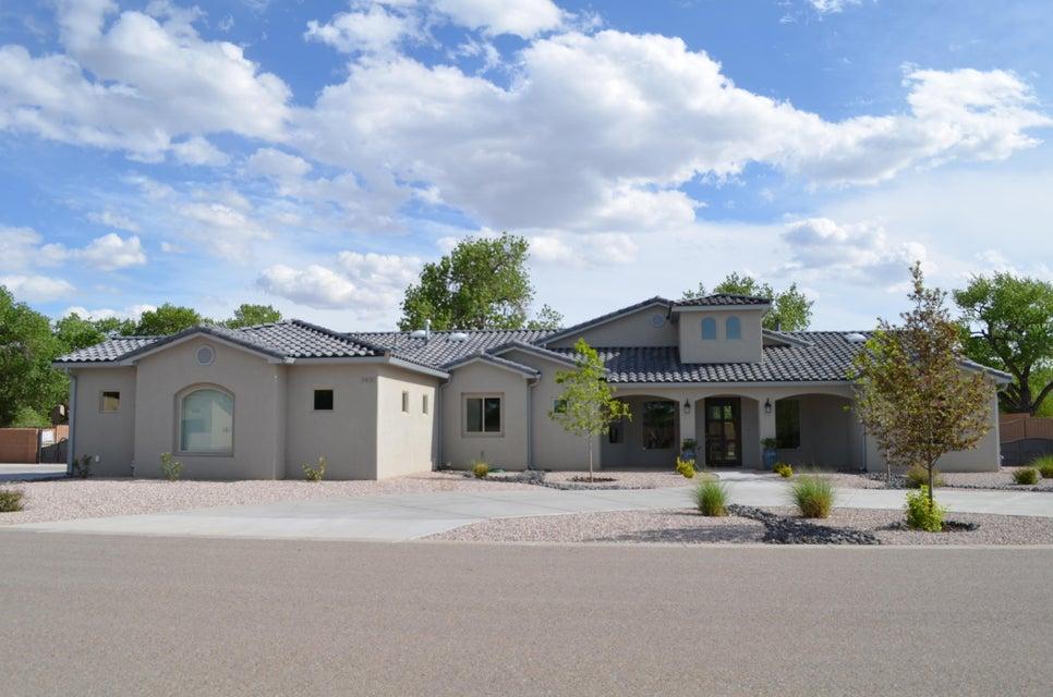 3400 Calle Vigo NW, Albuquerque, NM 87104