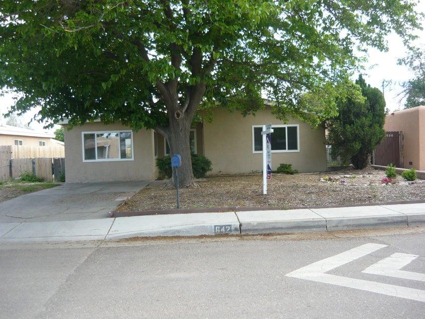 642 Gene Avenue NW, Albuquerque, NM 87107