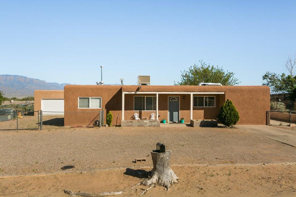 1808 Daybreak Road SE, Rio Rancho, NM 87124