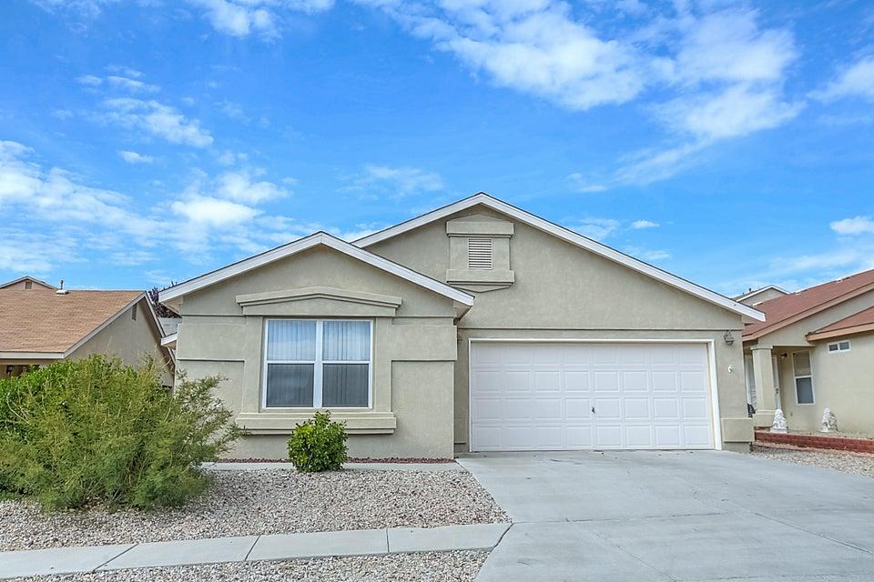 6105 Thais Street NW, Albuquerque, NM 87114