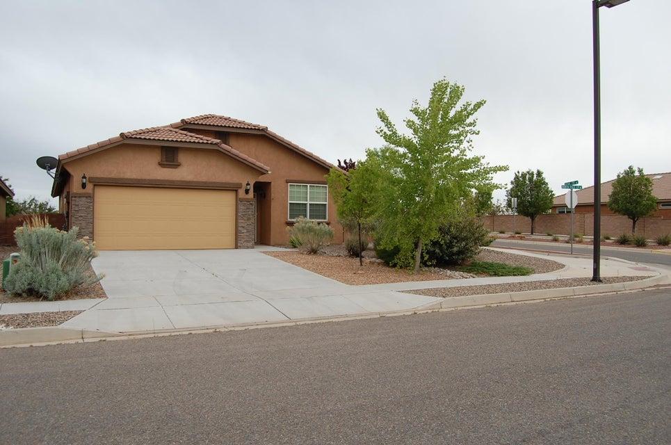 4233 N Pole Loop NE, Rio Rancho, NM 87144
