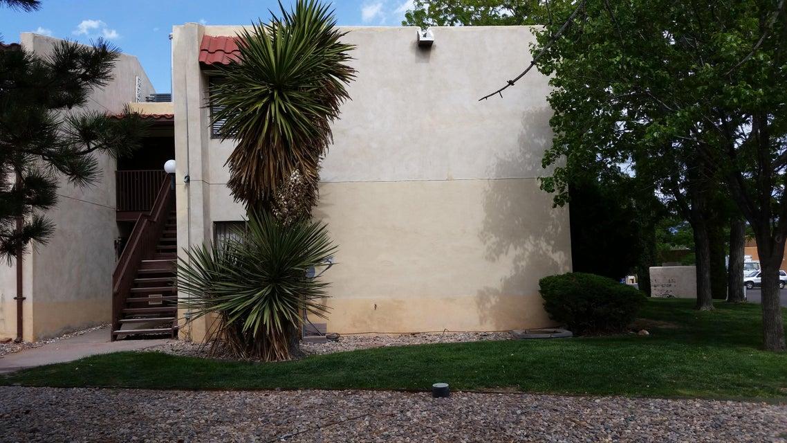 939 Country Club Drive SE APT J, Rio Rancho, NM 87124