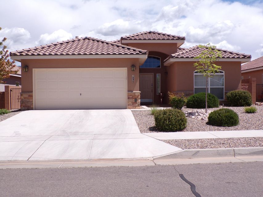 1836 Man O War Street SE, Albuquerque, NM 87123