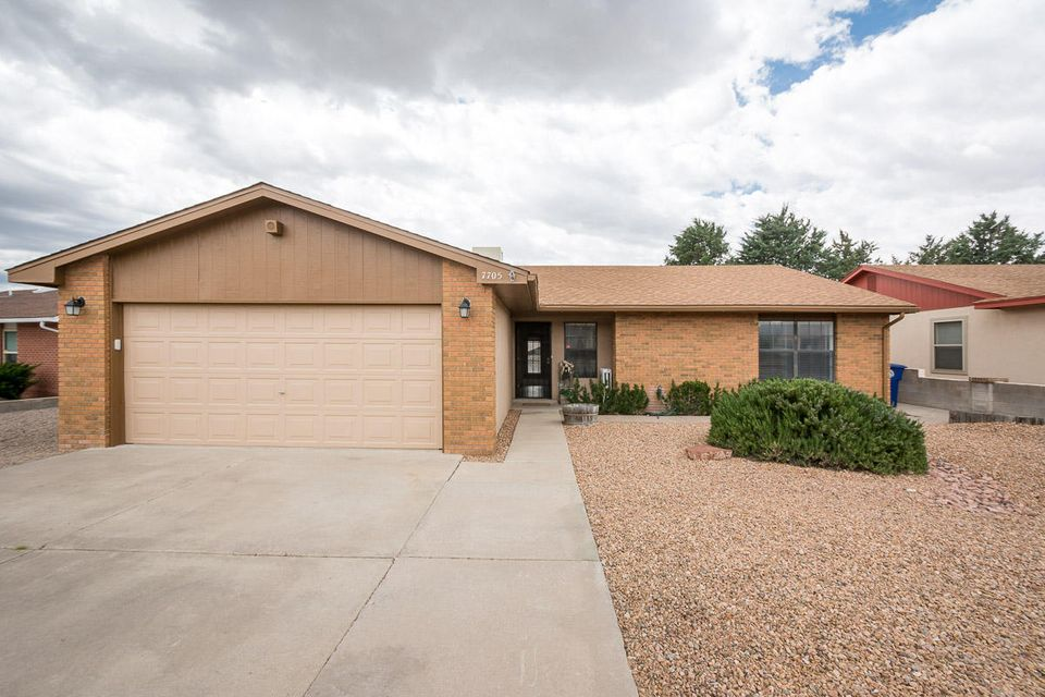 7705 Wells Fargo Trail NW, Albuquerque, NM 87120