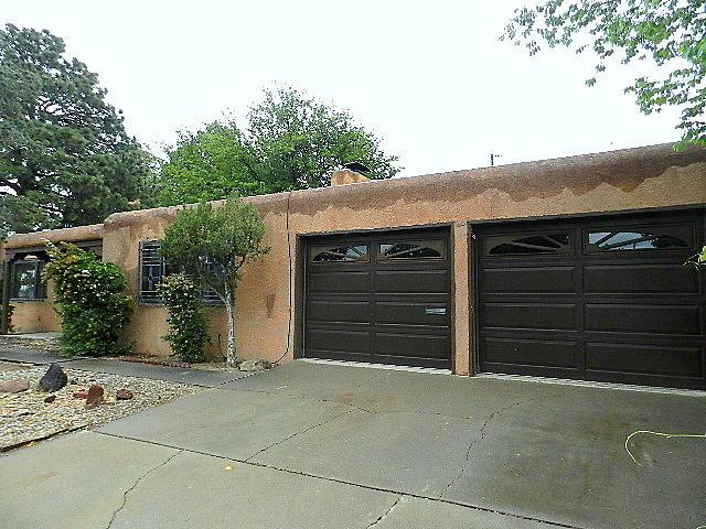 2916 Chama Street NE, Albuquerque, NM 87110