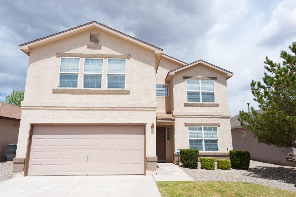 705 Valley Meadows Drive NE, Rio Rancho, NM 87144