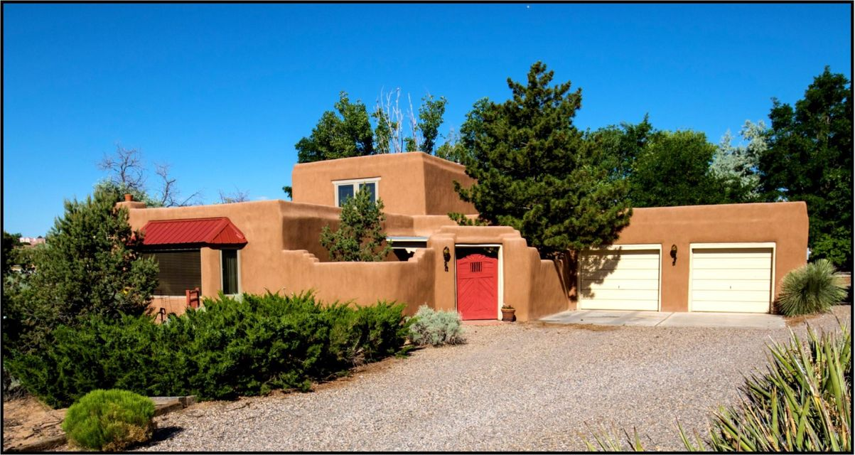 1321 Yippee Calle Court, Corrales, NM 87048