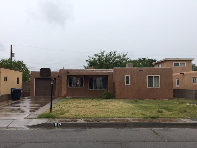 1817 Florida NE, Albuquerque, NM 87110